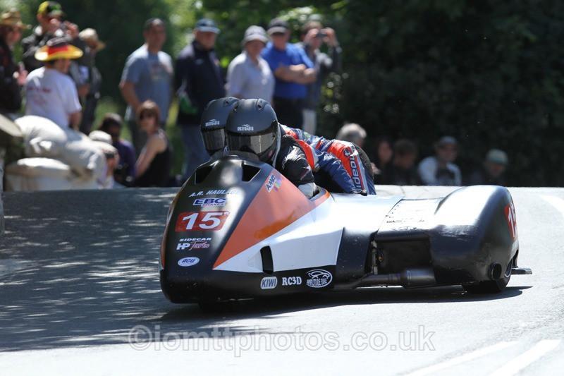 IMG_2316 - Sidecar Race 2 - TT 2013